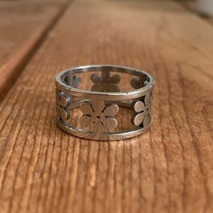 Floral stainless steel ring